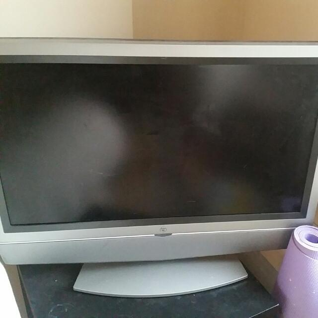 Flat Screen TV Works But No Remote