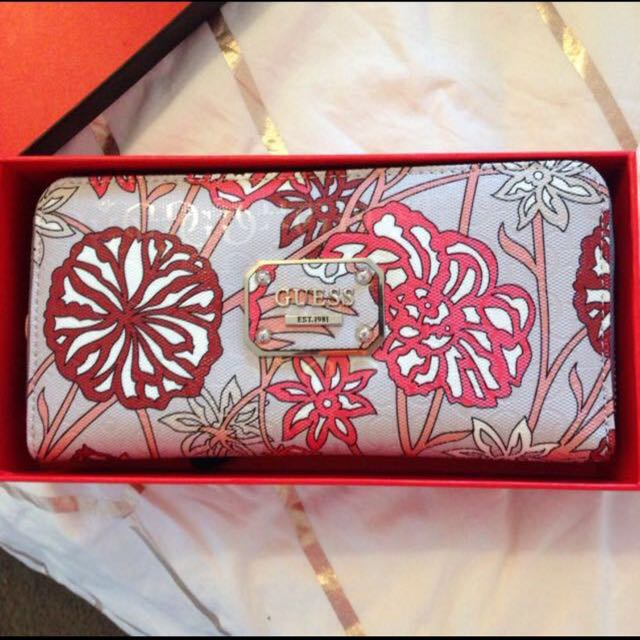 Guess Wallet *Brand New*