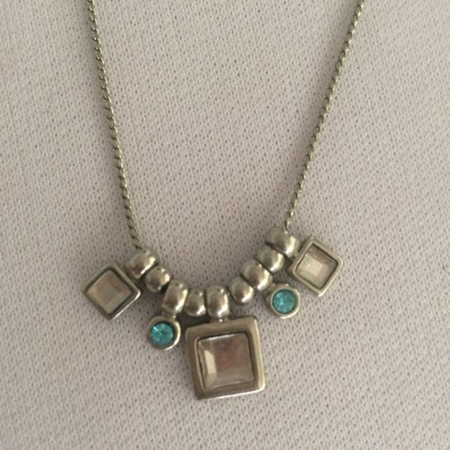 Necklace B05