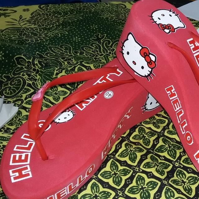 Sendal Busa Hello kitty Wrna Merah