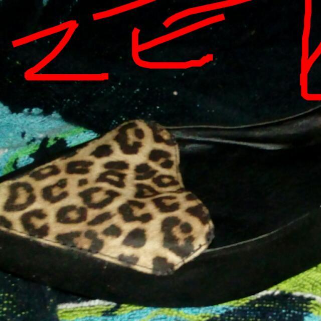 Size 10 Leopard Print Flats