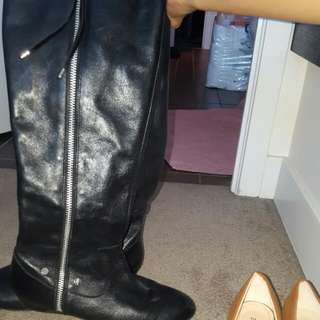 Size 6 Knee High Black Leather Boots