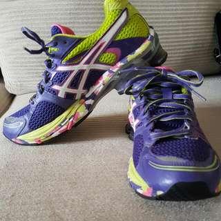 Asics Gel Size 41.5 Purple