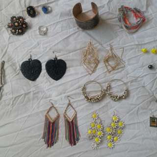 All Bangles And Earings Hair Clips