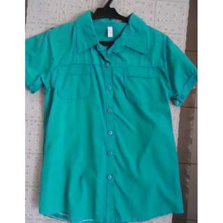 Pre-loved Green Shirt with collar