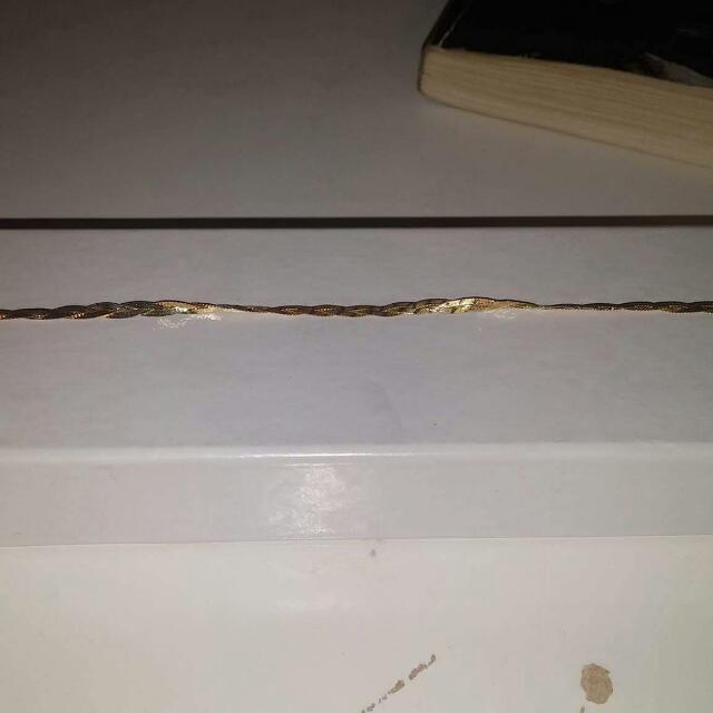 10 K Gold Bracelt