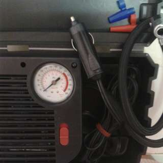 12V Portable Rugged Casing Tyre Inflator