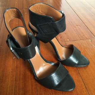 Black Leather Sandal By Nine West