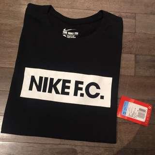 全新Nike FC黑色短T M號