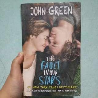 Novel The Fault In Our Stars John Green (Preloved)