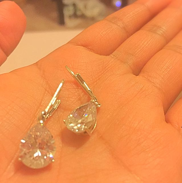 925 Sterling Silver CZ Teardrop Earrings