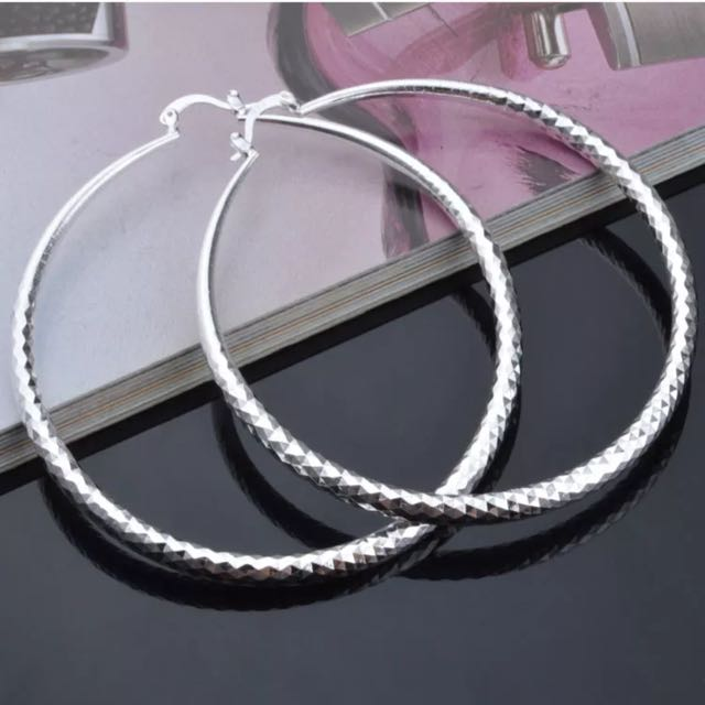 925 Sterling Silver Round Shorting Stars Hoop Earrings