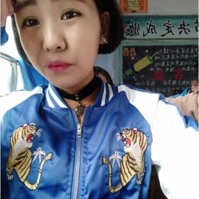 老虎刺繡棒球外套