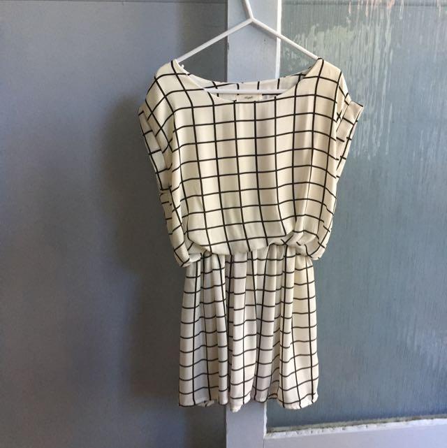 Chiffon grid dress