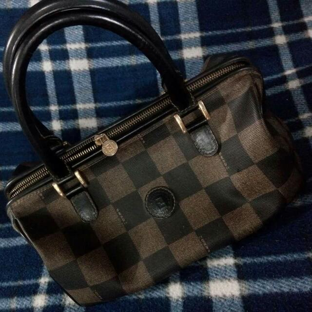 ca901be866 ... buy fendi vintage bag 100 authentic preloved womens fashion bags wallets  on carousell 2dbc9 8fd52 ...