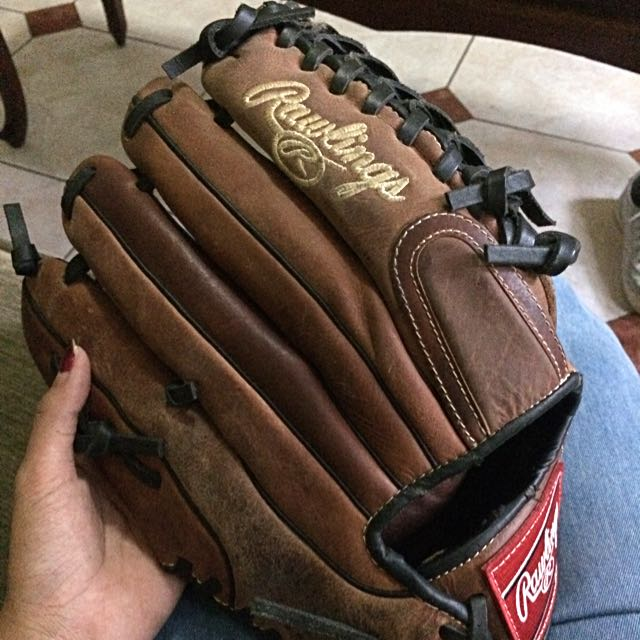FOR SALE GLOVE BASEBALL/SOFTBALL RAWLINGS