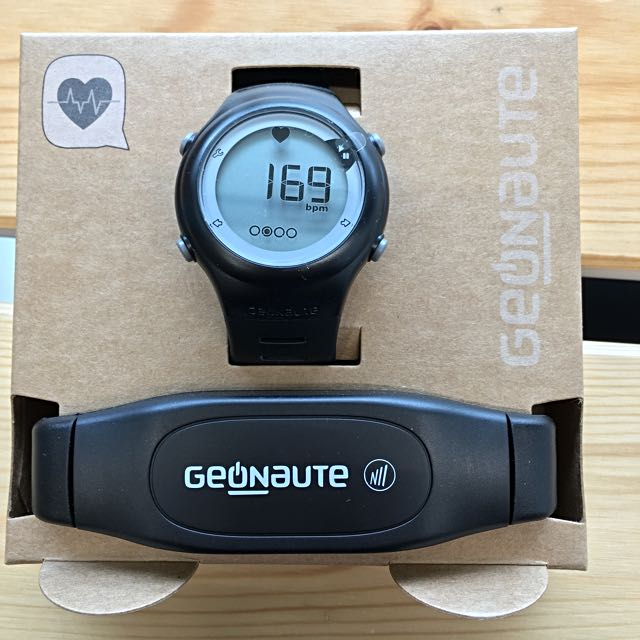 213bc507c86 GEONAUTE ON Rhythm 50 Heart Rate Monitoring Excercise Watch