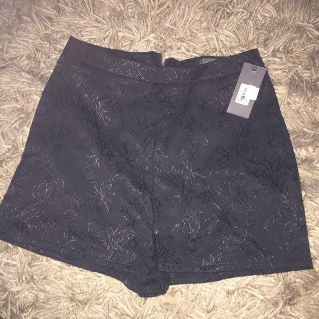 NEW Glassons Black Shorts