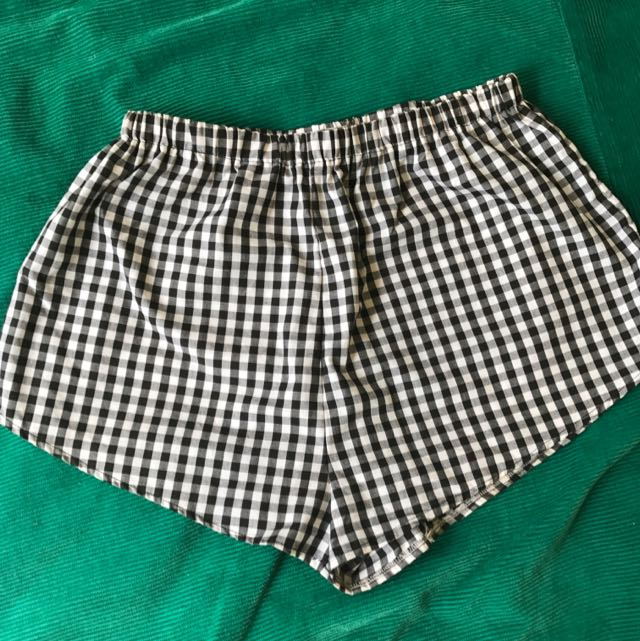 Poison Envy Checkered Shorts