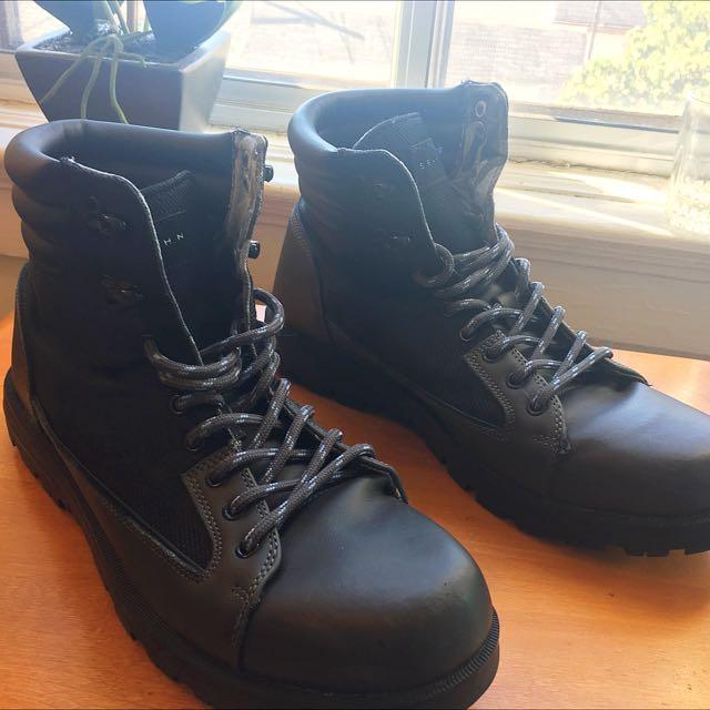 Sean John Men's Black Mozia Boots