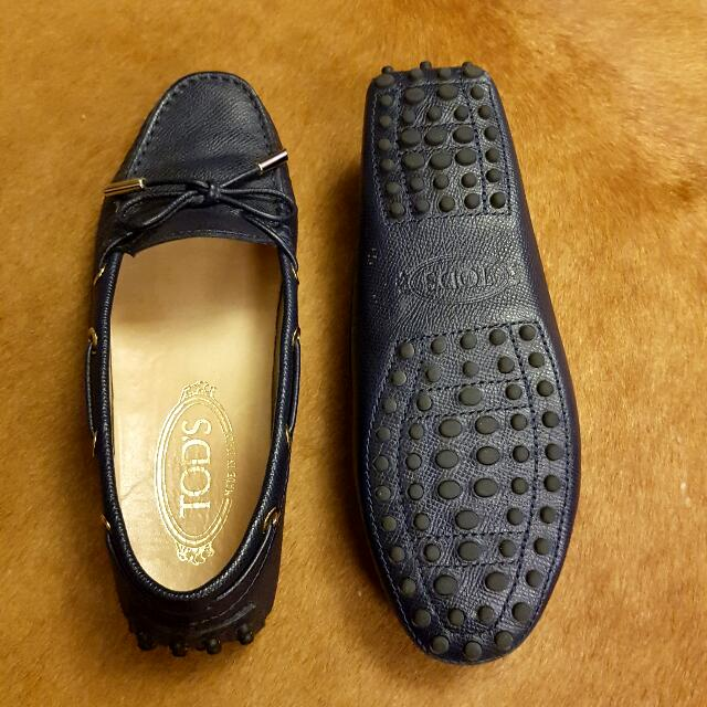 Tods Leather Shoes in Navy