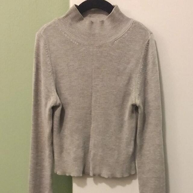 Topshop Cropped Grey Turtleneck | Size 6 XS | Ribbed Fabric