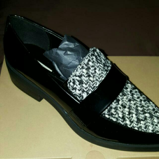 Zara Loafers Size 9