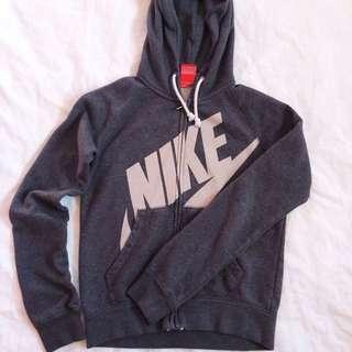 Nike Sweater (XS)