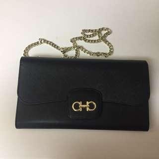 Ferragamo Wallet On Chain