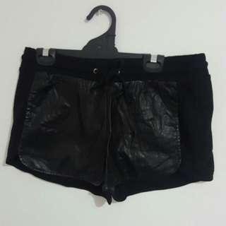 SPORTSGIRL black Shorts