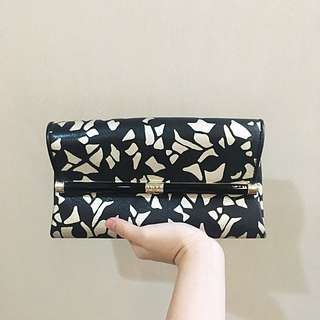 DVF Clutch Wallet Leather Black Gold Handbag