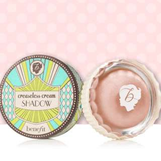 Benefit Creaseless Cream Eyeshadow - bikinitini