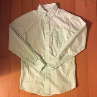 淡綠色休閒襯衫