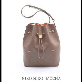 Shoulder Bag Niko by Sometime