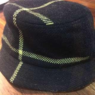 🚚 二手Burberry羊毛帽,購於英國,低價出清,只要1880