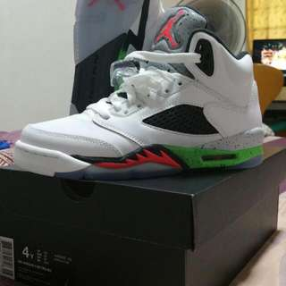 "Air Jordan 5 Retro ""Space Jam Poison Green Infrared"" Original"