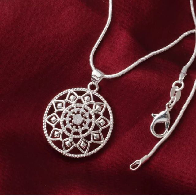 925 Sterling Silver Zirconia Filigree Pendant Necklace