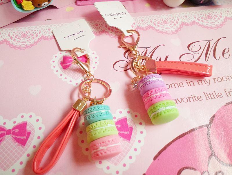 馬卡龍 甜點 水鑽 漆皮繩 吊飾 鑰匙圈 超可愛!!!  特價$130