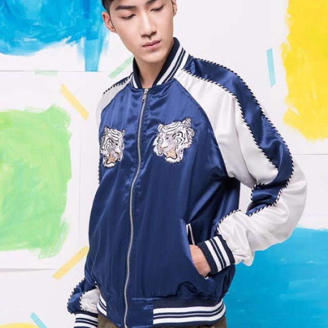 正韓貨轉賣 藍 老虎 刺繡 橫須賀外套 購自東區NIHOW 男女皆可穿