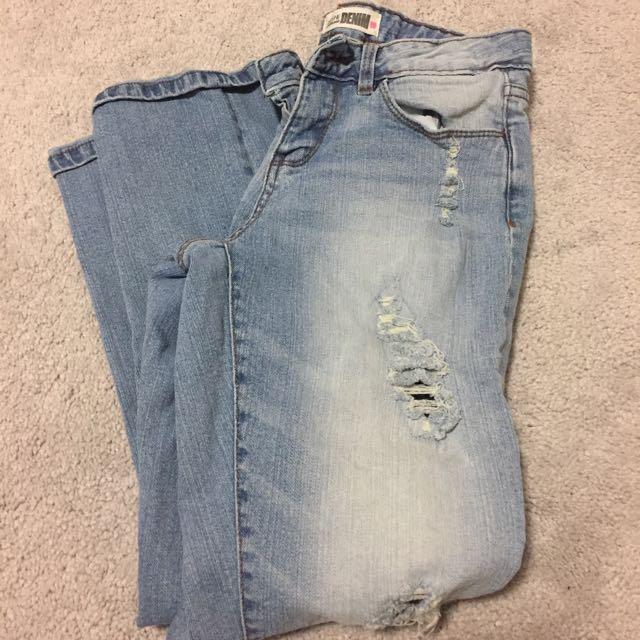 Ardene High Waisted Boyfriend Jeans