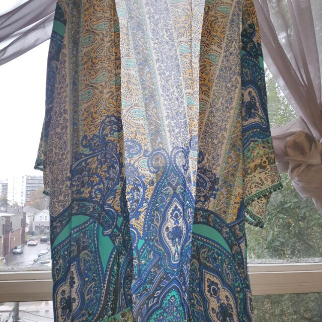 Beach Cover Up. Size Small Fits S-XL