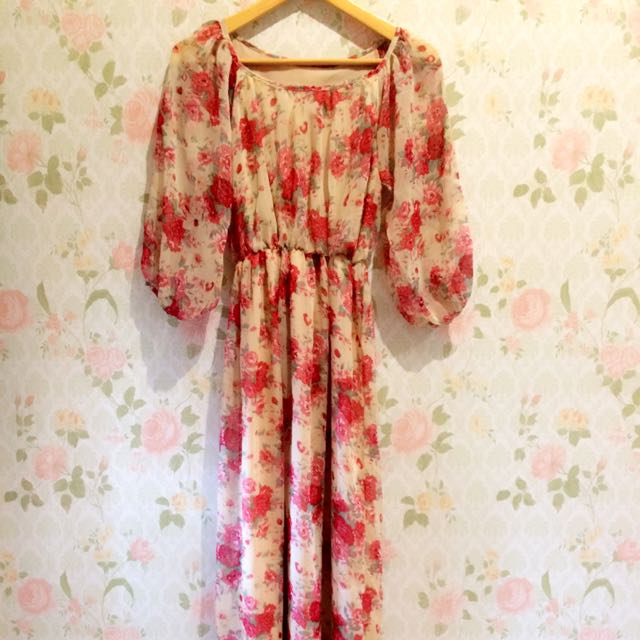 Preloved! Chiffon Flowery Maxi Dress