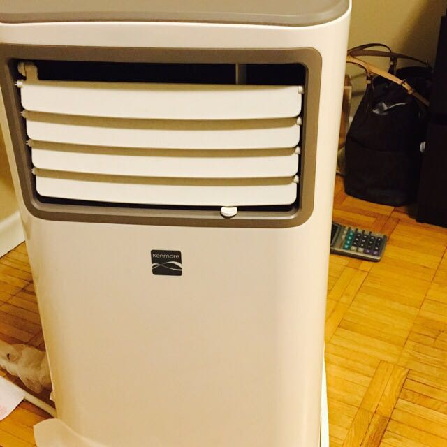 Kenmore Ac .. Off Season Sale.. Bought 3 Months Ago.. Over $400 .. Now Selling For $200