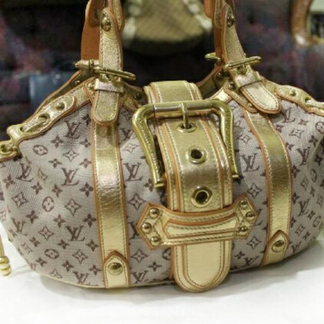 Louis Vuitton Theda