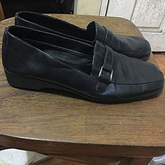 Predictions Black Shoes