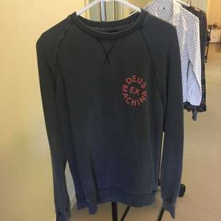 Deus sweater size s