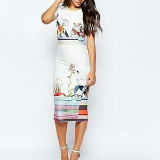 Elegant Floral Pencil Cut Dress