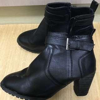 短靴 38 黑色 狀態很好