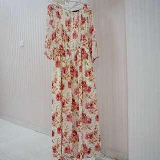 Forever 21 Vintage Flower Maxidress Size M