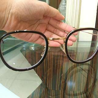 Kacamata Vintage Ala Korea